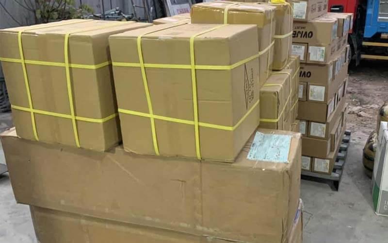đóng gói hàng hóa từ lào