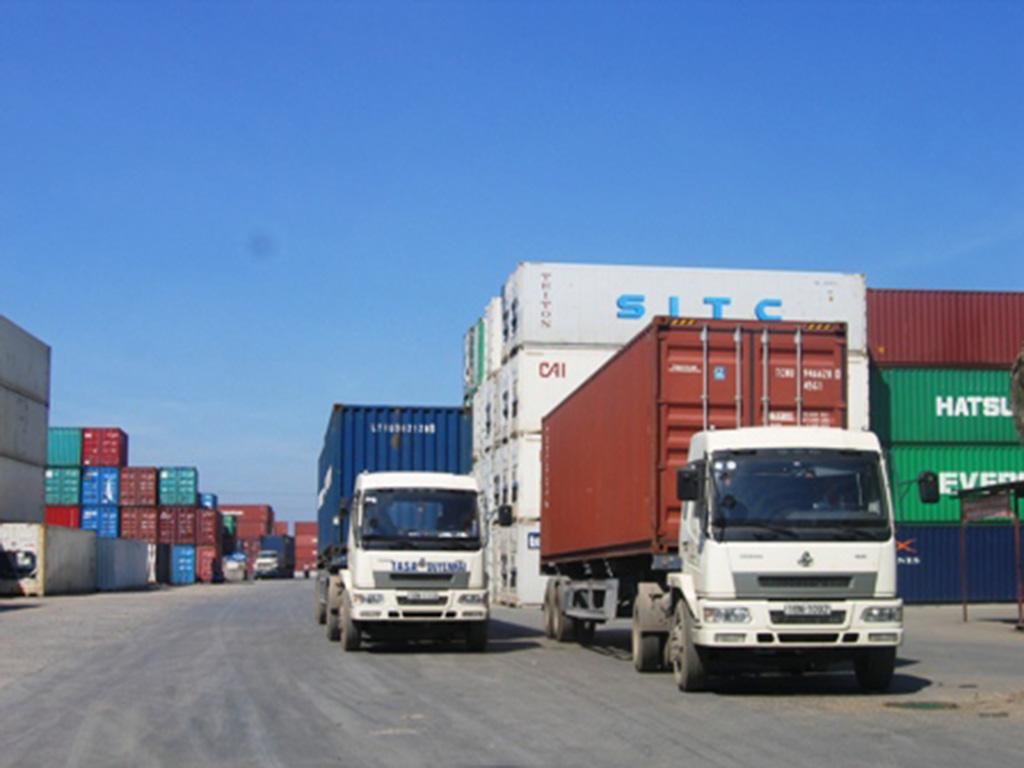 Vận chuyển hàng hóa bằng đường bộ 1