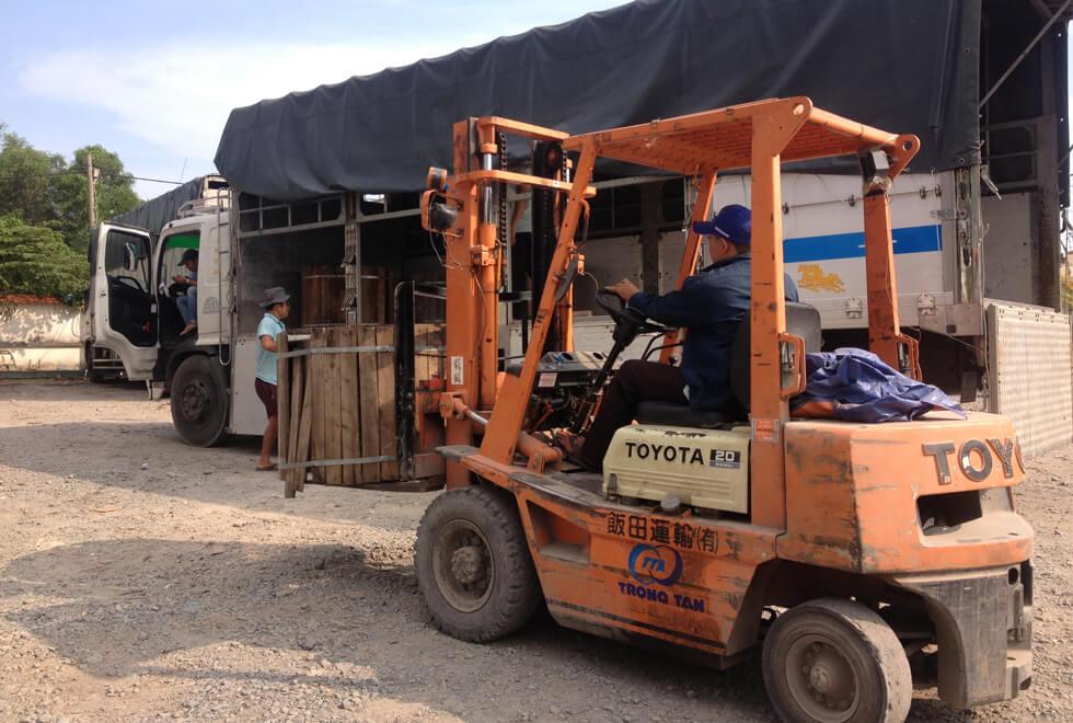 dịch vụ gửi hàng từ hà nội đi đà nẵng tại DHD